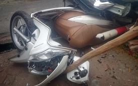 Hà Nội: Honda City cuốn xe ga Vision vào gầm, một bà bầu bị thương
