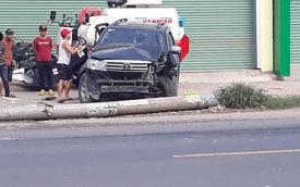 Bắc Giang: Toyota Fortuner đâm xe máy và hạ gục cột điện, 1 người tử vong