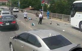 Video xe máy lao thẳng vào đầu ô tô khách ở tốc độ cao tại Lào Cai