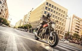 Xế hoài cổ Kawasaki Z900RS ra mắt với động cơ hoàn toàn mới