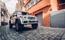Bắt gặp SUV siêu sang Mercedes-Maybach G650 Landaulet chạy trên đường phố