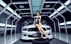 Chân dài nóng bỏng bên Ford Mustang