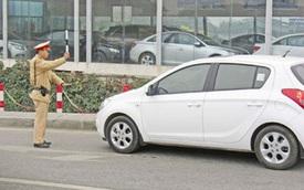 Gỡ vướng ngân hàng giữ giấy đăng ký ô tô: Triệu người ngóng chờ