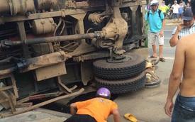 Xe tải vượt lấn làn đè chết người đi xe máy