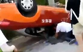 Người phụ nữ đâm lật xe tập lái khi chuẩn bị thi lấy bằng lái ô tô lần thứ 8