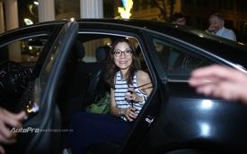 Sao điện ảnh Dương Tử Quỳnh được đón đưa bằng Mercedes-Benz và Audi tại Việt Nam