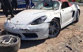 """Porsche 718 Boxster """"mới toanh"""" mất lái trên cao tốc và bị lật, 1 cô gái tử vong"""
