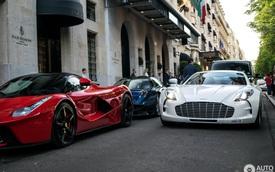 """Bộ ba siêu xe triệu đô """"không hẹn mà gặp"""" tạo nên cảnh tượng khó quên"""
