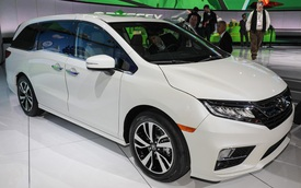 Honda Odyssey 2018 với thiết kế khác xe ở Việt Nam chính thức được vén màn