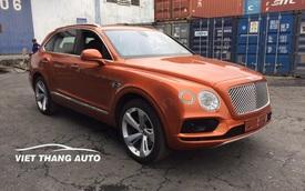 Bentley Bentayga thứ 9 cập bến Việt Nam với màu sơn độc nhất vô nhị