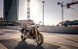 Làm quen với BMW R1200R Black Edition mới, giá từ 393,5 triệu Đồng
