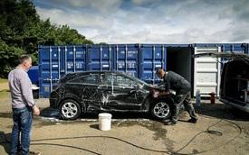 Làm quen với người thợ chăm sóc xe hơi chuyên nghiệp, đã có 28 năm kinh nghiệm trong nghề