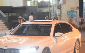Phan Thành đến dự đám cưới Hoa hậu Thu Thảo trên BMW 740Li 2016