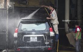 Nhu cầu tăng vọt, giá rửa xe cuối năm tăng 200%