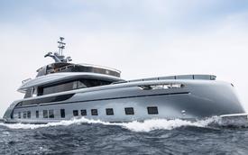 Choáng ngợp với vẻ đẹp của siêu du thuyền trị giá 334 tỷ Đồng của Porsche