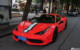 """Bắt gặp siêu xe Ferrari 458 Speciale Aperta đeo biển """"chọn"""" trên đường phố"""