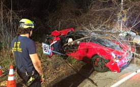 """Siêu xe Ferrari 458 Speciale """"kẹp ba"""" gặp nạn ở vận tốc hơn 160 km/h"""