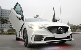 Mazda6 độ cửa kiểu Lamborghini tại Hà Nội
