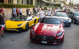 Siêu xe Mercedes-AMG GT R với bộ cánh lạ mắt xuất hiện tại thiên đường siêu xe