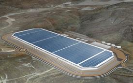 Nhà máy Gigafactory trị giá 5 tỷ USD của Tesla đã bắt đầu hoạt động