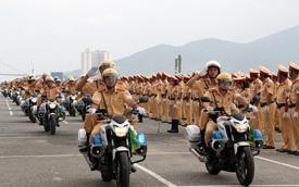 Soi kỹ dàn xe phục vụ APEC tại Đà Nẵng