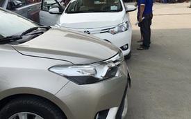 Giá xe ô tô giảm mạnh, khách mua vẫn 'đủng đỉnh'