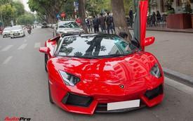 Chán phong cách Dubai, Lamborghini Aventador Roadster về màu nguyên bản tại Hà Nội
