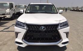 Lexus LX570 Super Sport có giá khoảng 10 tỷ đồng khi về Việt Nam