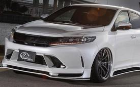 """SUV của Toyota bị biến thành bản độ """"chân vòng kiềng"""""""