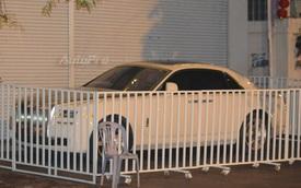 Choáng với cách bảo vệ xe siêu sang Rolls-Royce Ghost tại Campuchia