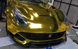 """Ferrari F12 Berlinetta từng thuộc sở hữu của Cường """"Đô-la"""" được """"mạ vàng"""" tại Sài thành"""
