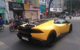 """Lamborghini Huracan độ """"khủng"""" của Cường """"Đô-la"""" được vận chuyển ra Đà Nẵng"""