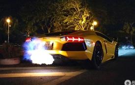 """Lamborghini Aventador biển """"tứ quý"""" 9 nẹt pô """"khạc lửa"""" lên báo nước ngoài"""