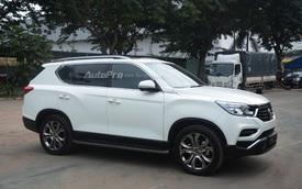 """""""Tóm gọn"""" SUV cỡ trung SsangYong Rexton 2018 - đối thủ sắp ra mắt Việt Nam của Toyota Fortuner"""