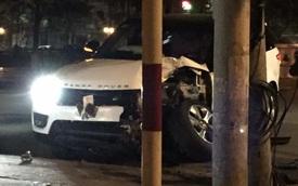 Hải Phòng: Range Rover mất lái, đâm vào cột điện, đầu xe nát bét