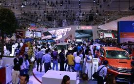 Giá ô tô nhập khẩu vào Việt Nam tiếp tục rẻ hơn