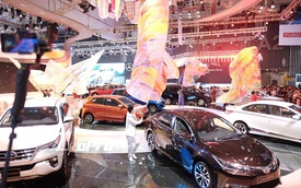 Trực tiếp: Toyota tung MPV hạng sang Alphard - Xe nhỏ Toyota Wigo thách thức Hyundai i10
