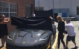 Lamborghini Centenario mui trần 2 triệu USD đầu tiên cập bến Mỹ