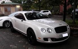 """Xót xa với Bentley Continental GT Speed bị """"vặt gương"""" tại Hà thành"""
