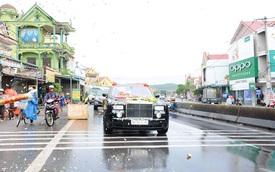Tay chơi Quảng Bình rước dâu bằng xe siêu sang Rolls-Royce Phantom