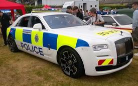 Cảnh sát Anh được trang bị Rolls-Royce Ghost Black Badge làm xe tuần tra