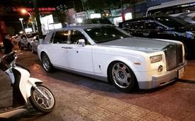 Rolls-Royce Phantom của đại gia Trung Nguyên bị vặt logo