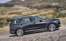 Vì sao BMW bị Mercedes-Benz bán vượt lâu đến thế và đến giờ mới cực nhọc vượt qua đối thủ?