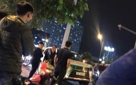 Thanh niên đi SH bị đập tơi tả vì cầm mũ bảo hiểm đánh người ngồi trên ô tô Lexus LX570