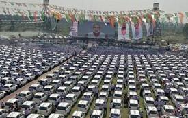 Sếp nhà người ta: Trùm kim cương Ấn Độ thưởng 600 ô tô cho nhân viên đánh bóng kim cương, ai không thích xế hộp sẽ nhận ngay nhà và tiền mặt