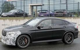 Mới ra mắt hơn một năm, Mercedes-AMG GLC 63 Coupe đã chuẩn bị có bản facelift