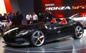 Ferrari Monza SP1 và SP2 - Hai siêu xe mui trần có thiết kế lạ lẫm ở Paris