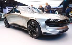 Peugeot e-Legend Concept - Xe thể thao có nội thất dát hàng loạt màn hình, lớn nhất 49 inch