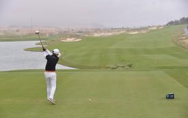 """Lexus mang NX 300 và ES 250 tặng dân chơi golf đạt """"hole in one"""""""