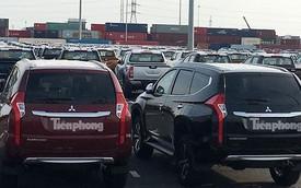 Liên doanh ồ ạt nhập khẩu, ô tô về kín cảng Việt Nam